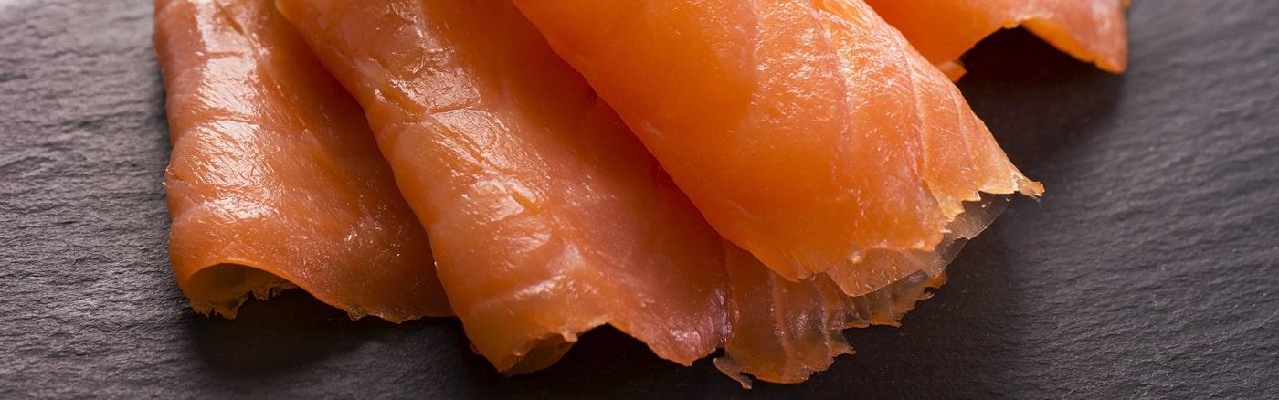 Saumon fumé artisanal et bio - restaurant traiteur poissonnerie - Rennes, Bretagne, Nantes - slide HD